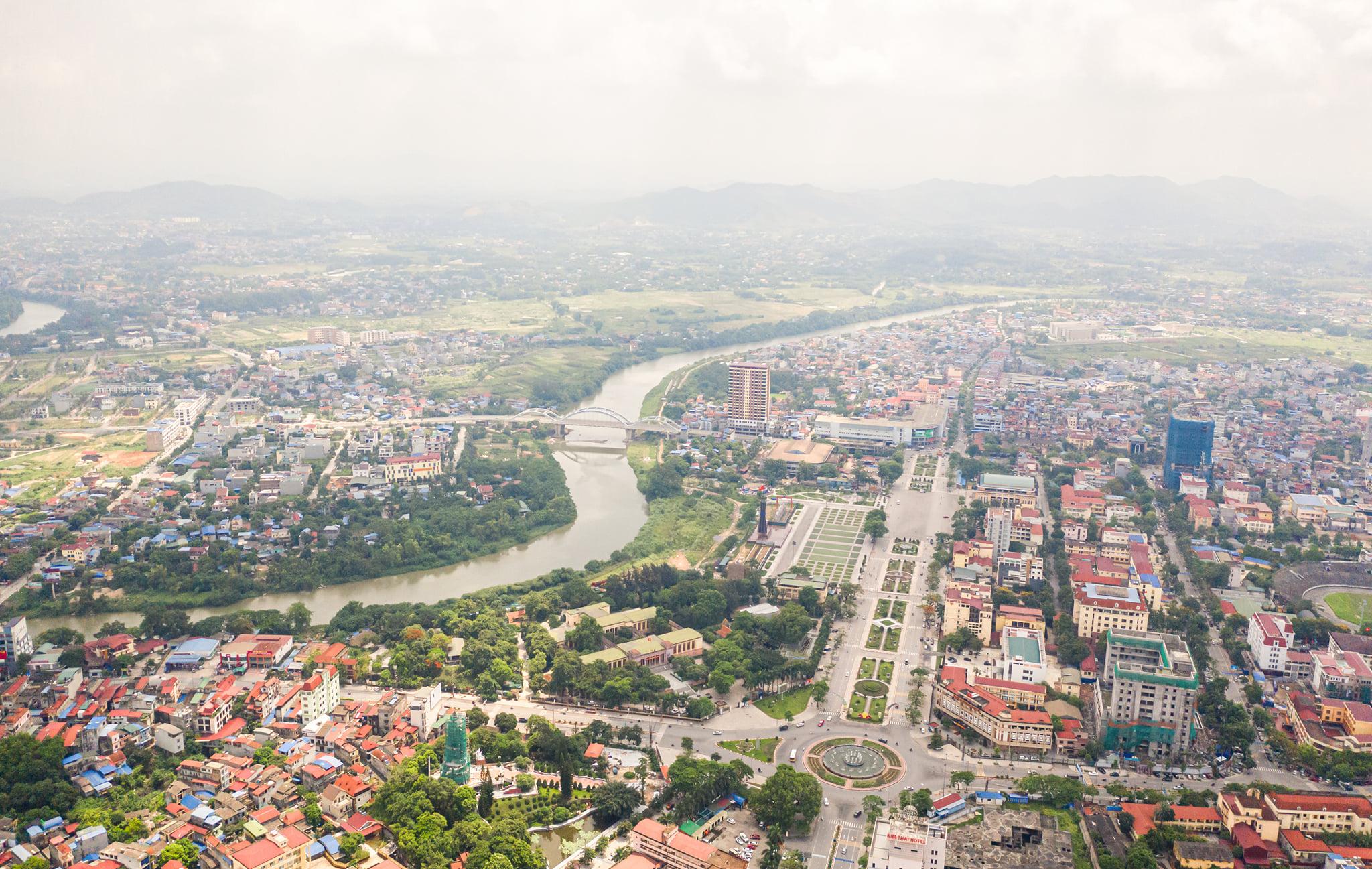 """Bất động sản Thái Nguyên: Chung cư bão hoà, đất nền """"đắt"""" khách"""