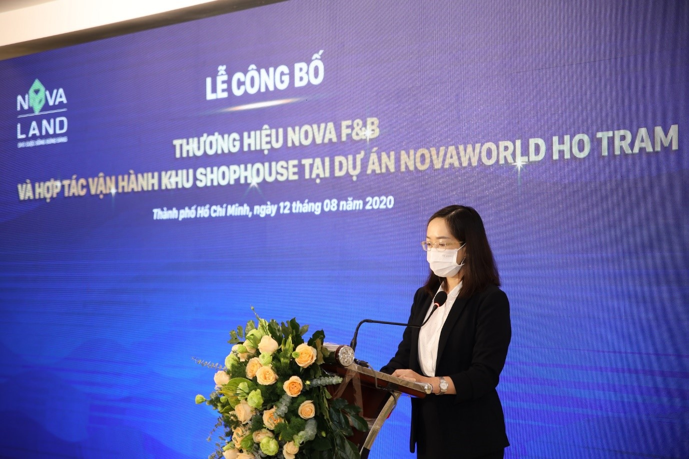 Bà Võ Đoan Thùy - Giám đốc điều hành Nova F&B phát biểu tại sự kiện