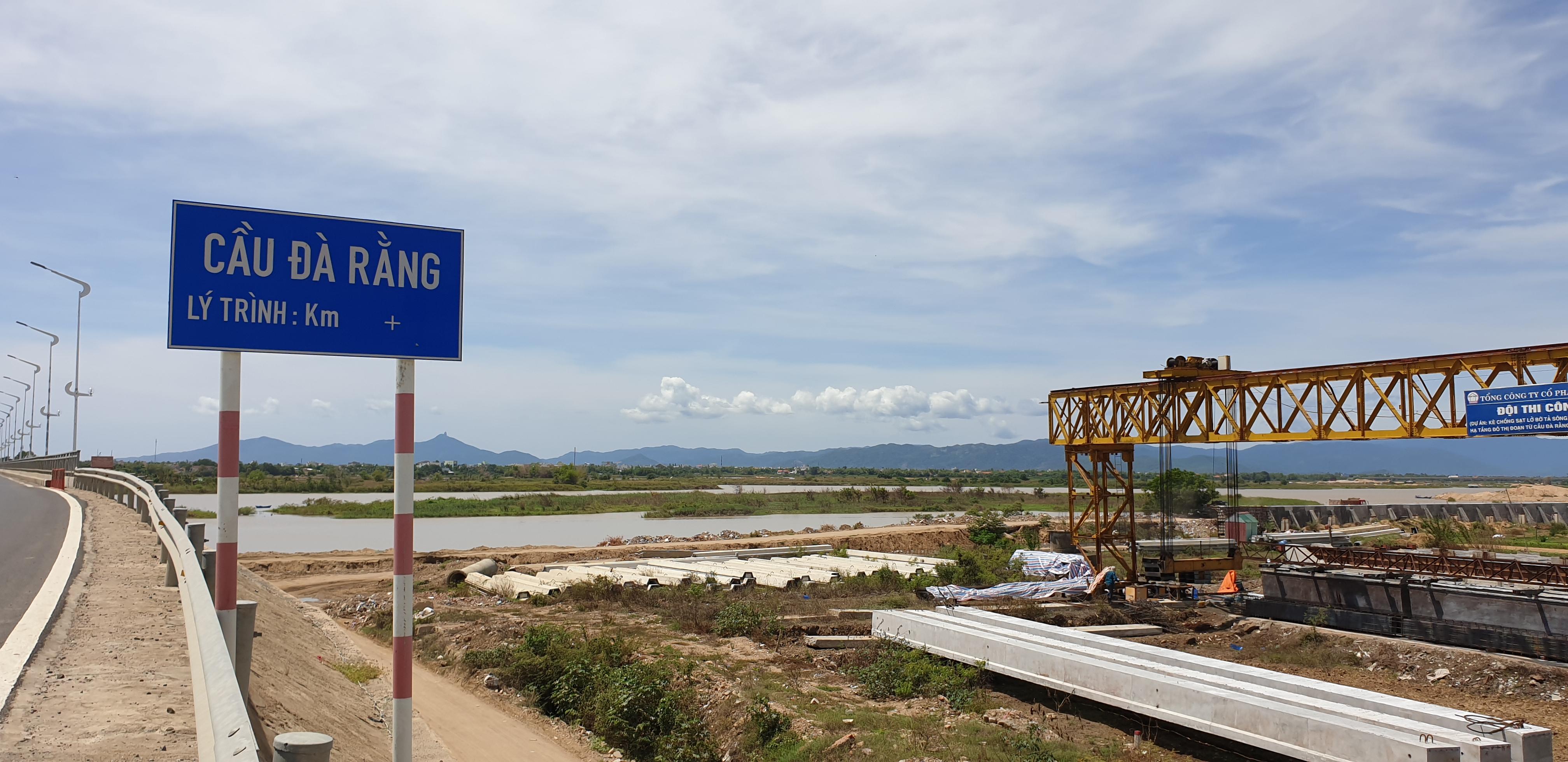 Vì sao Phú Yên điều chỉnh dự án kè chống sạt lở bờ tả sông Ba?
