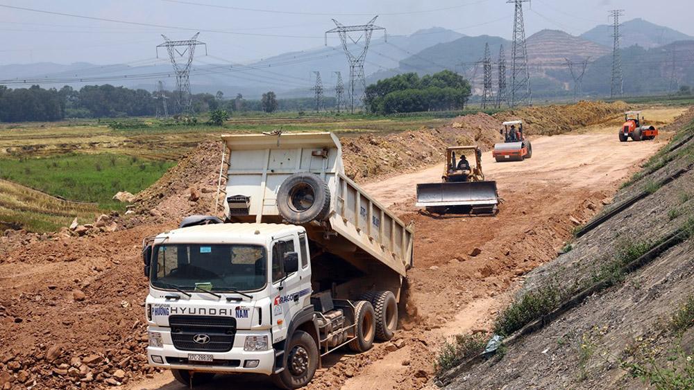 Bộ GTVT thúc địa phương bàn giao mặt bằng 3 cao tốc Bắc - Nam trong tháng 8/2020