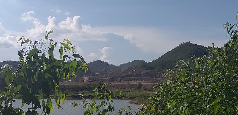 Vị trí dự án được chấp thuận chủ trương đầu tư năm gần hồ Khe Sâu - nơi cấp nước sinh hoạt cho người dân thôn Lâm Quảng.