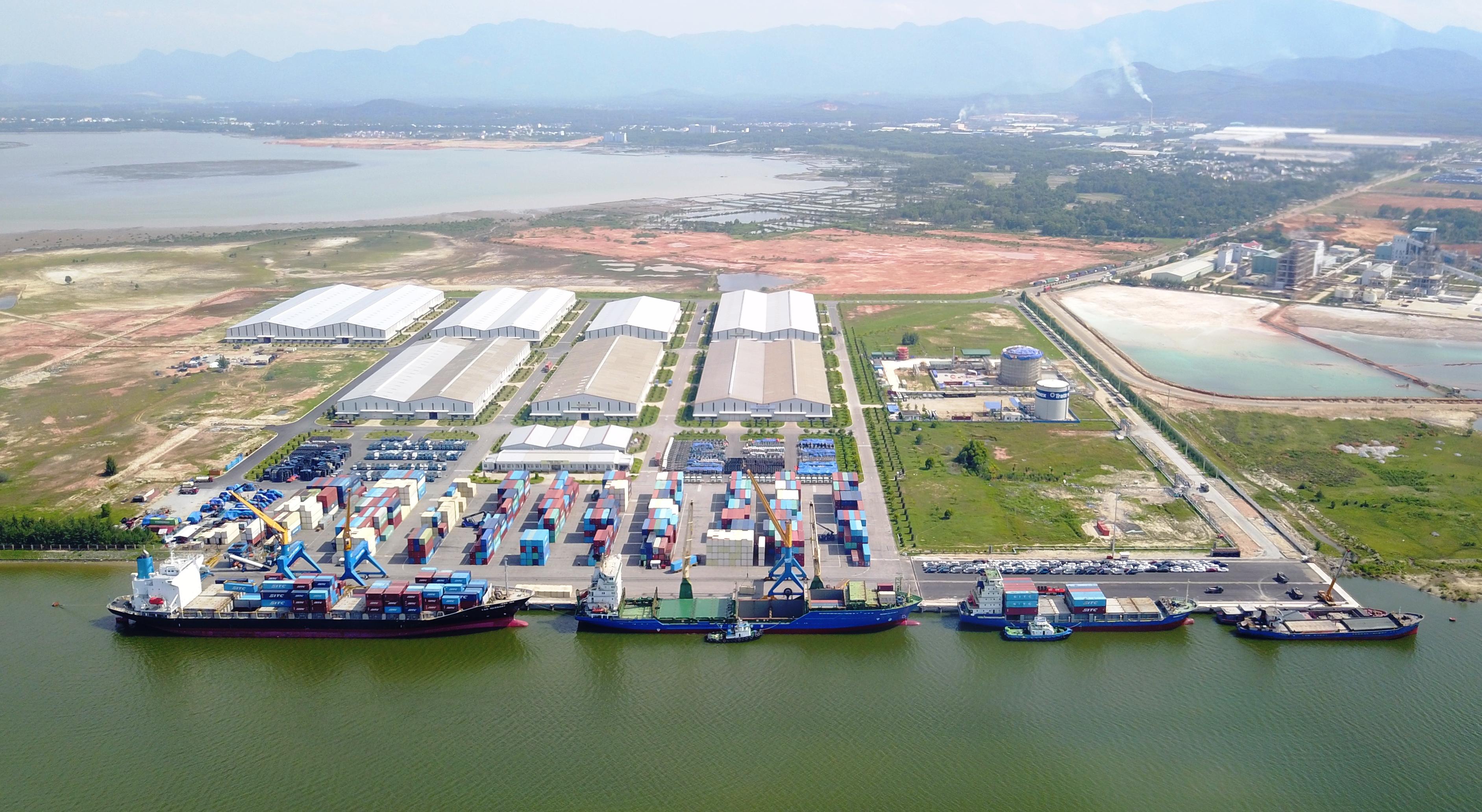 Cảng biển Chu Lai sau đầu tư, nâng cấp. Ảnh: MINH HẢI