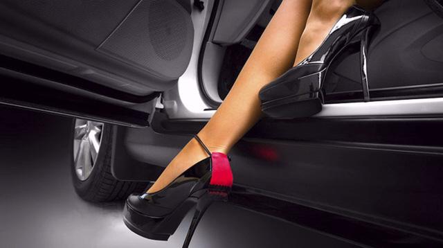 Phụ nữ lái xe - 1