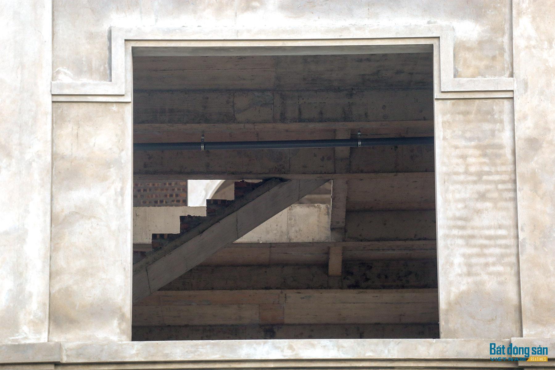 Reatimes_12.png, Dự án 44 căn biệt thự bỏ hoang, làng Đoàn kết