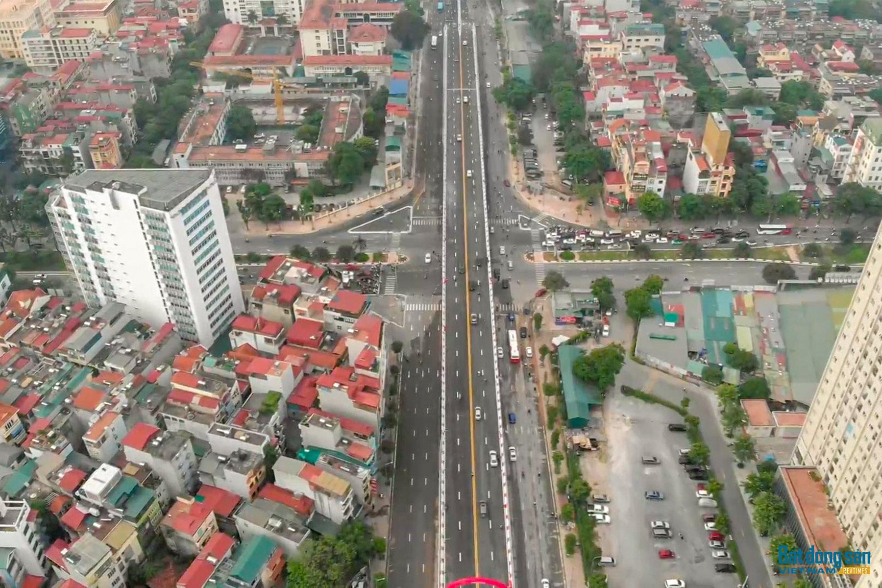 Reatimes_1.png, thông cầu vượt Nguyễn Văn Huyên.